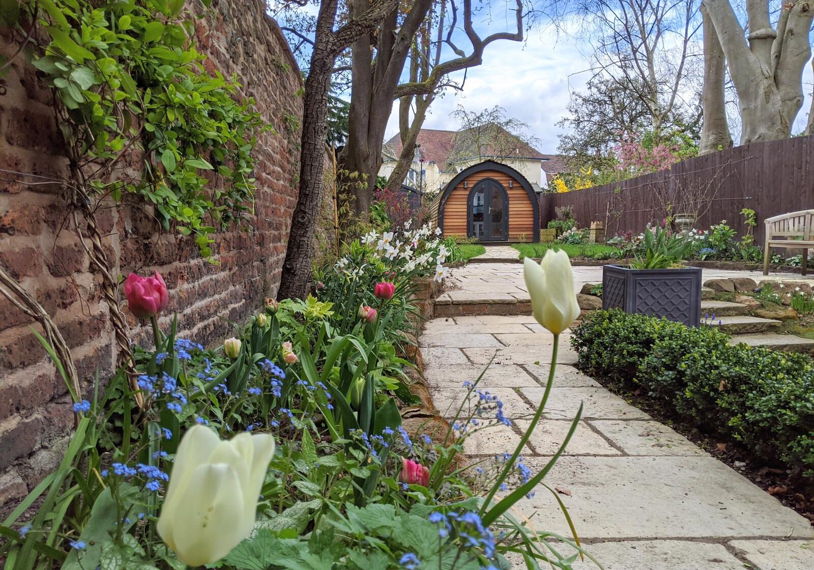 The Mews Cottage Garden in Chester